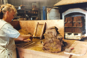 kent peg roof tiles jane spicer making peg tiles in 1992